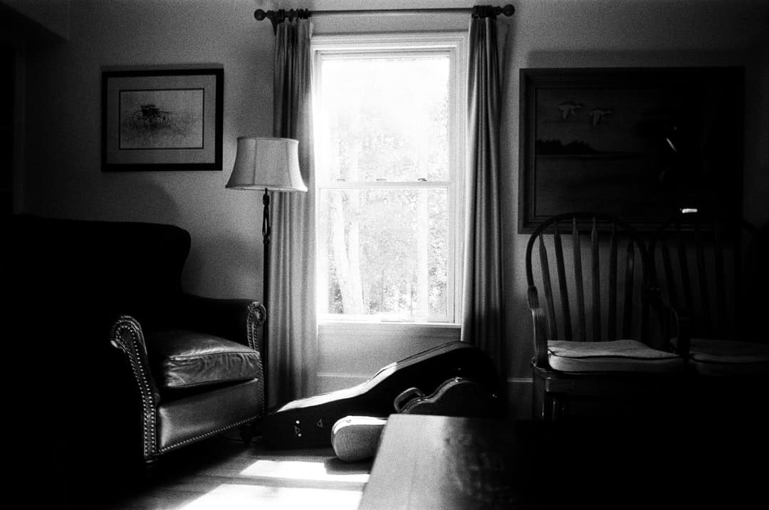 An old photo of a living room